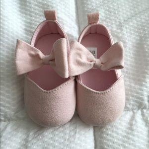 NWOT Infant Pink Bow Flats
